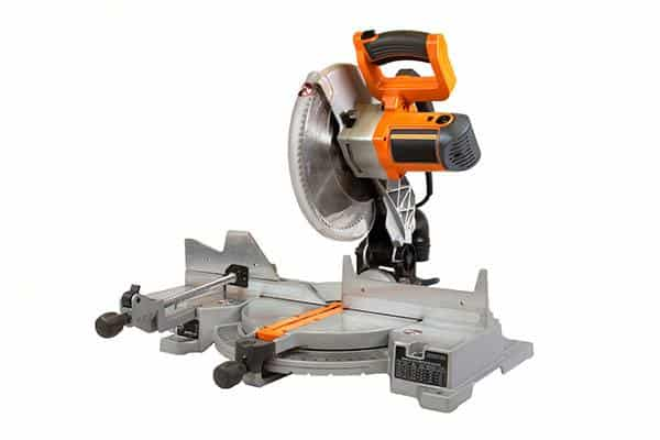 types of saws - compound miter saw