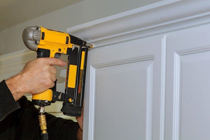 how-to-use-nail-gun-brad-nailer