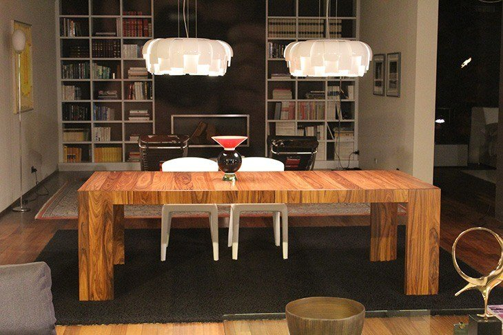 wooden-furniture-table