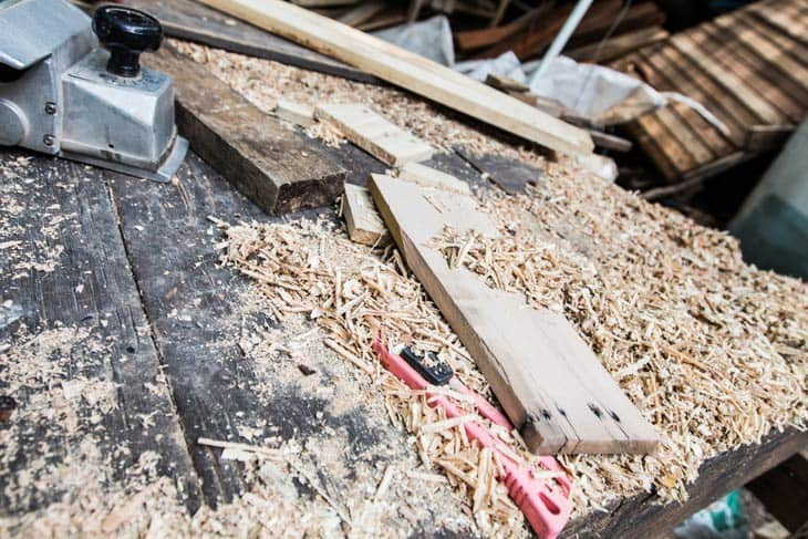 Using-Wood-Hardener-to-stabilize-old-and-crumbling-wood